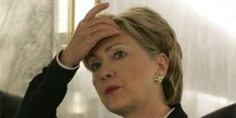 Hillary entschuldigt sich für Kennedy-Vergleich