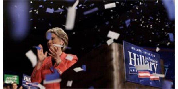 Hillary Clinton holt West Virginia