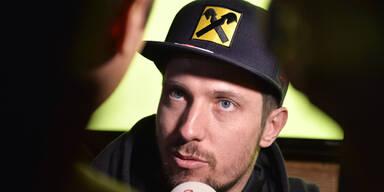 Hirscher traut sich auf ein MotoGP-Bike