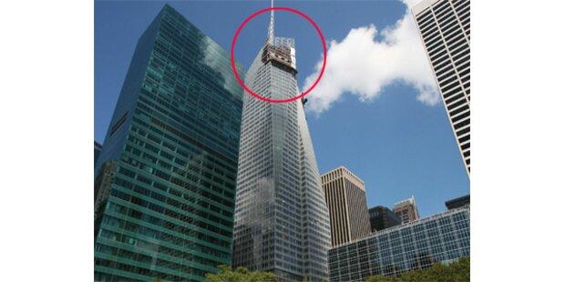 Schwere Glasplatte fiel aus dem 51. Stockwerk