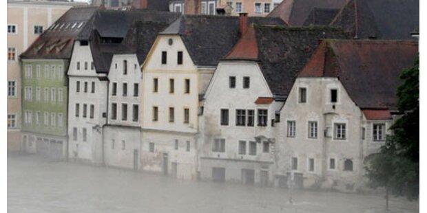 Hochwasseropfer klagen Republik