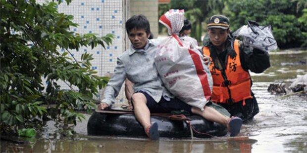 130.000 Chinesen fliehen vor Hochwasser