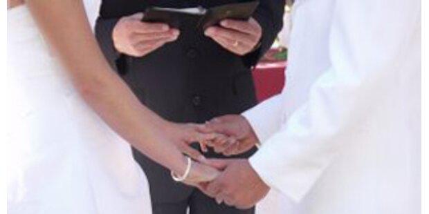 Grüne wollen Treuepflicht im Eherecht streichen