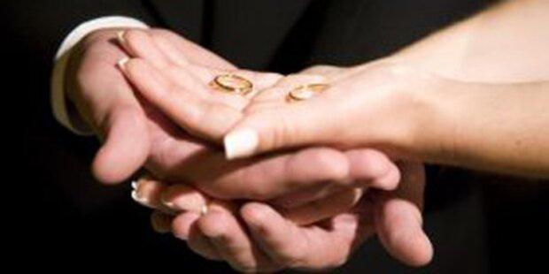 Hetero-Pärchen will Homo-Ehe für sich