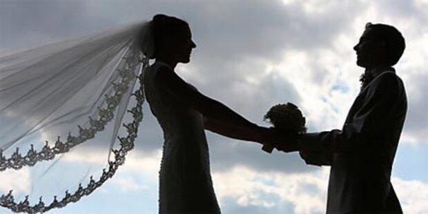 Mann nach einem Ehejahr als Frau enttarnt