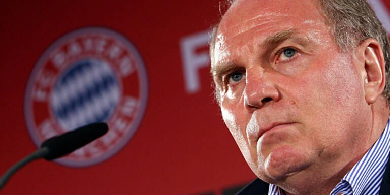 Bayerns Hoeneß außer sich vor Wut
