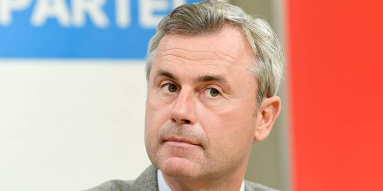 """FPÖ-Hofer: """"Grüne segnen 'Mogelpackung' ab"""""""