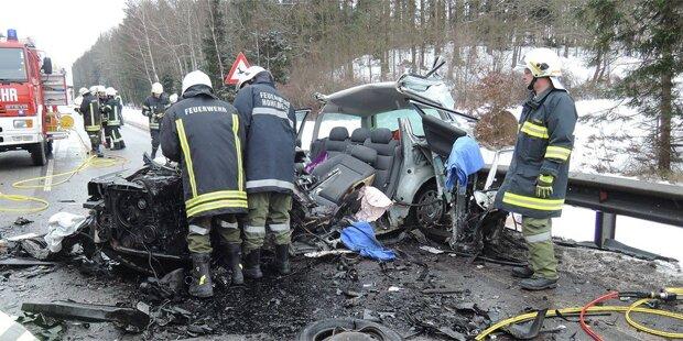 Ein Toter bei Horror-Crash in Niederösterreich
