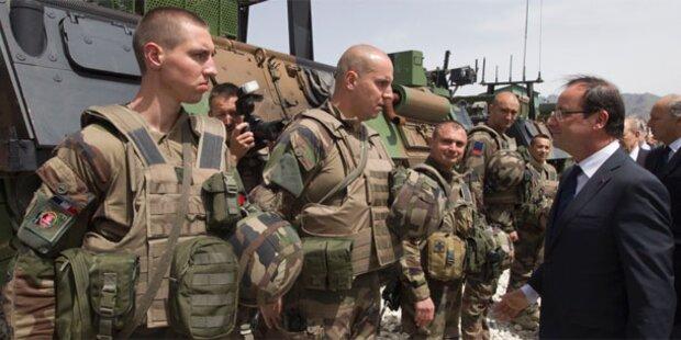 Hollande überraschend in Afghanistan