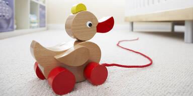 Viele Holzspielzeuge sind gefährlich