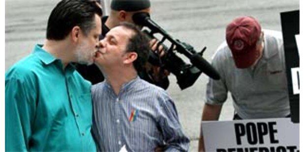 US-Richterin erlaubt Adoption durch homosexuelles Paar