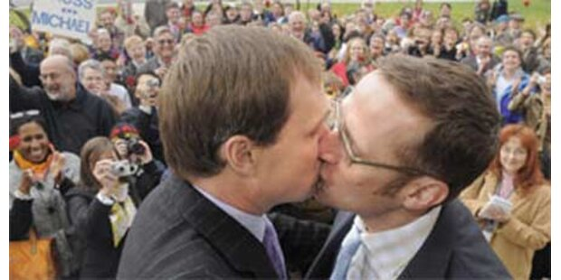 Homo-Ehe wieder verschoben