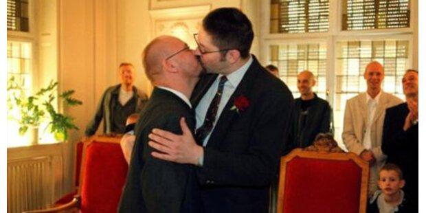 Wirbel um Homo-Ehe nach Fekter-Vorstoß