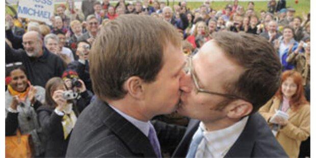Homo-Ehe landet vor Gericht in Kalifornien