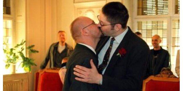 Ansturm auf Homo-Ehe in Wien