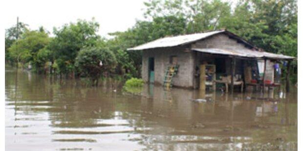 Dutzende von Toten nach schweren Unwetter