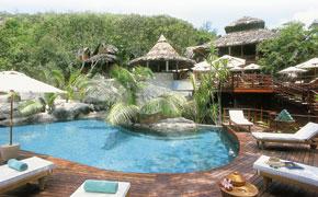 honeymoon-SEY-Lemuria-Pool_