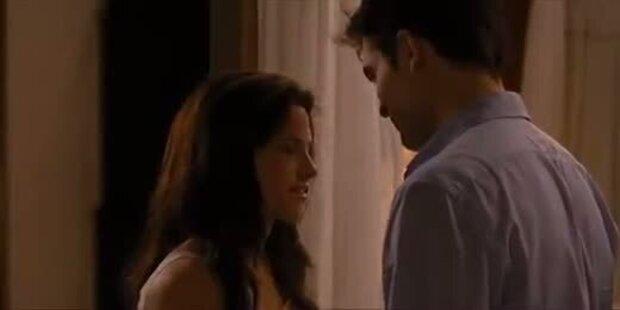Twilight Saga: Breaking Dawn Honeymoon-Clip