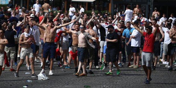 Russen-Hooligans mit irrer WM-Drohung