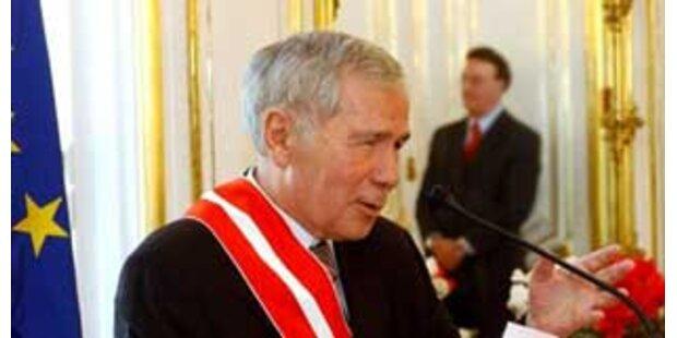 Ungarns Ex-Premier Horn schwer krank