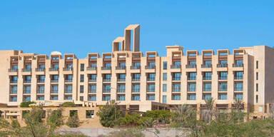 Luxus-Hotel von Bewaffneten gestürmt – ein Toter