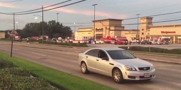 Schüsse in Einkaufszentrum: Schütze tot