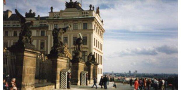 Prag übernimmt EU-Vorsitz von Paris