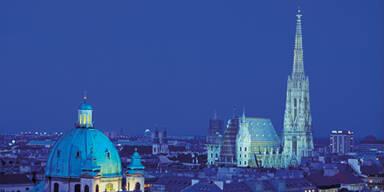Stephansdom & Karlskirche bei Nacht