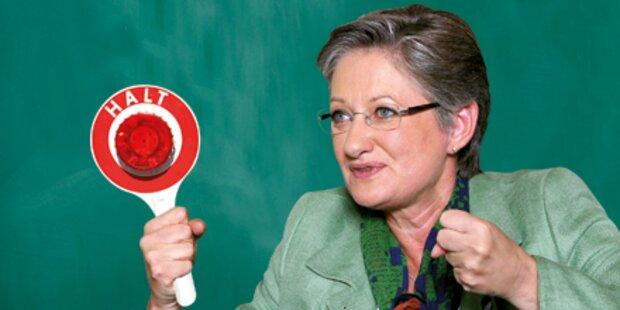 Schmied: Stopp für die Neue Schule