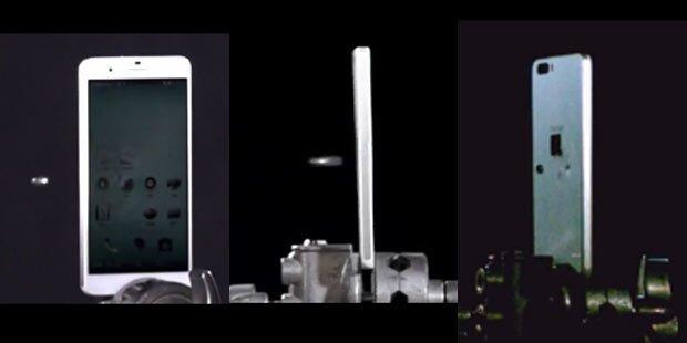 Video: Kugelsicheres Smartphone startet