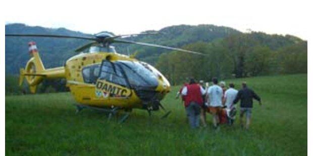Radler in Vorarlberg nach Sturz in Lebensgefahr