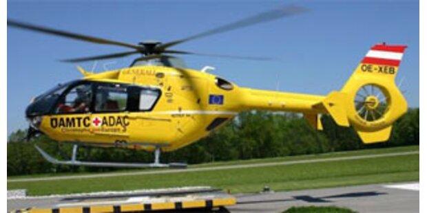 Dachdecker in Steiermark lebensgefährlich verletzt
