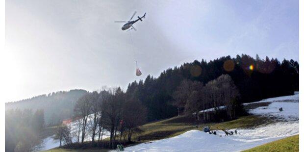 Hubschrauber bleibt an Seil hängen
