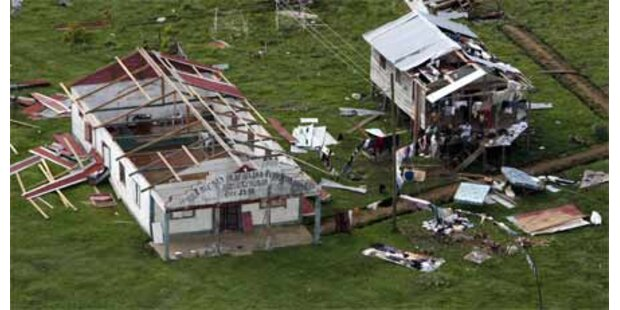 120 Hurrikan-Tote in El-Salvador