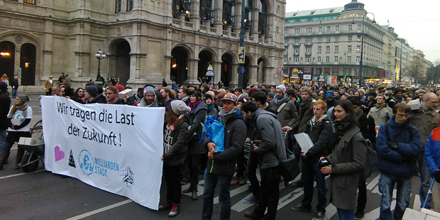 hypo_protest.jpg