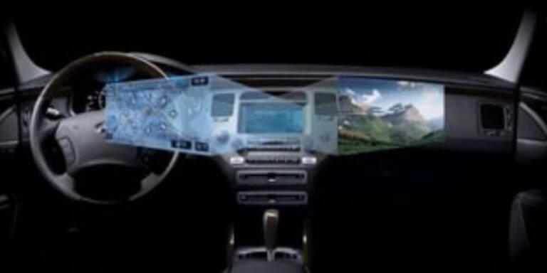 Screen zeigt Fahrer und Beifahrer separate Inhalte