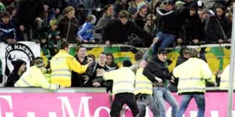 Bereits gegen Kärnten gab es Krawalle.