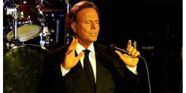 Herzprobleme: Iglesias brach Konzert ab