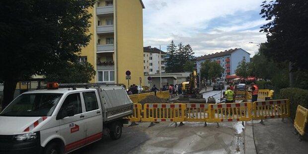 Nach Rohrbruch: Notwasserpakete in Innsbruck aufgestellt