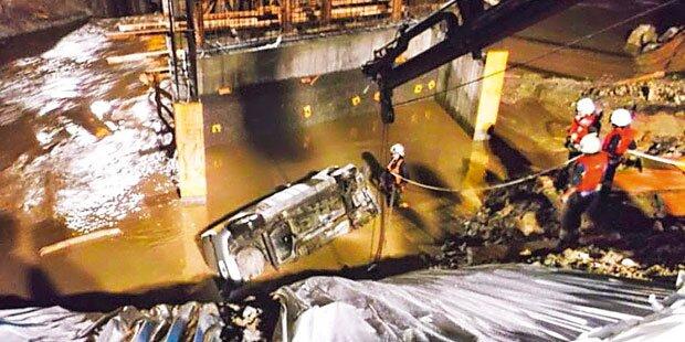 Brücke weg: 2 Tote bei Auto-Absturz