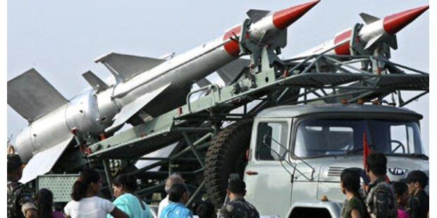 Indien testet atomwaffenfähige Raketen