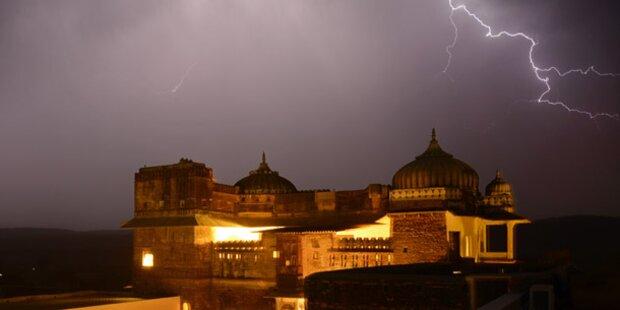 13 Tote bei Sturm in Indien