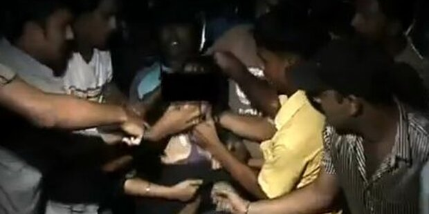Mädchen von 12 Männern vergewaltigt