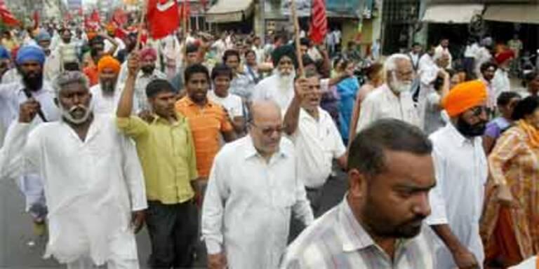 Kolkata wegen Streiks lahmgelegt