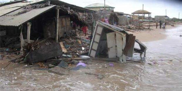 Mehr als 40 Tote durch Unwetter und Stürme