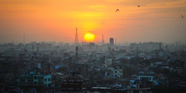 Schulen in Neu-Delhi trotz Kritik wieder geöffnet
