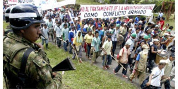 Indios in Kolumbien fordern mehr Autonomie