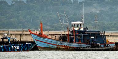 Todeskampf ums Essen auf Boot
