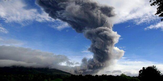 Tausende flüchten nach Vulkanausbruch