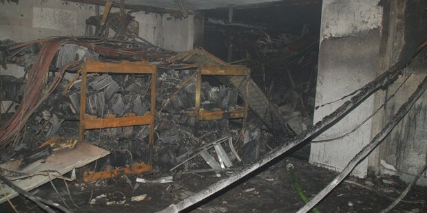 Großeinsatz nach Explosion in Garage